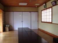 100629atarashiimura_kensyushitunaka.JPG